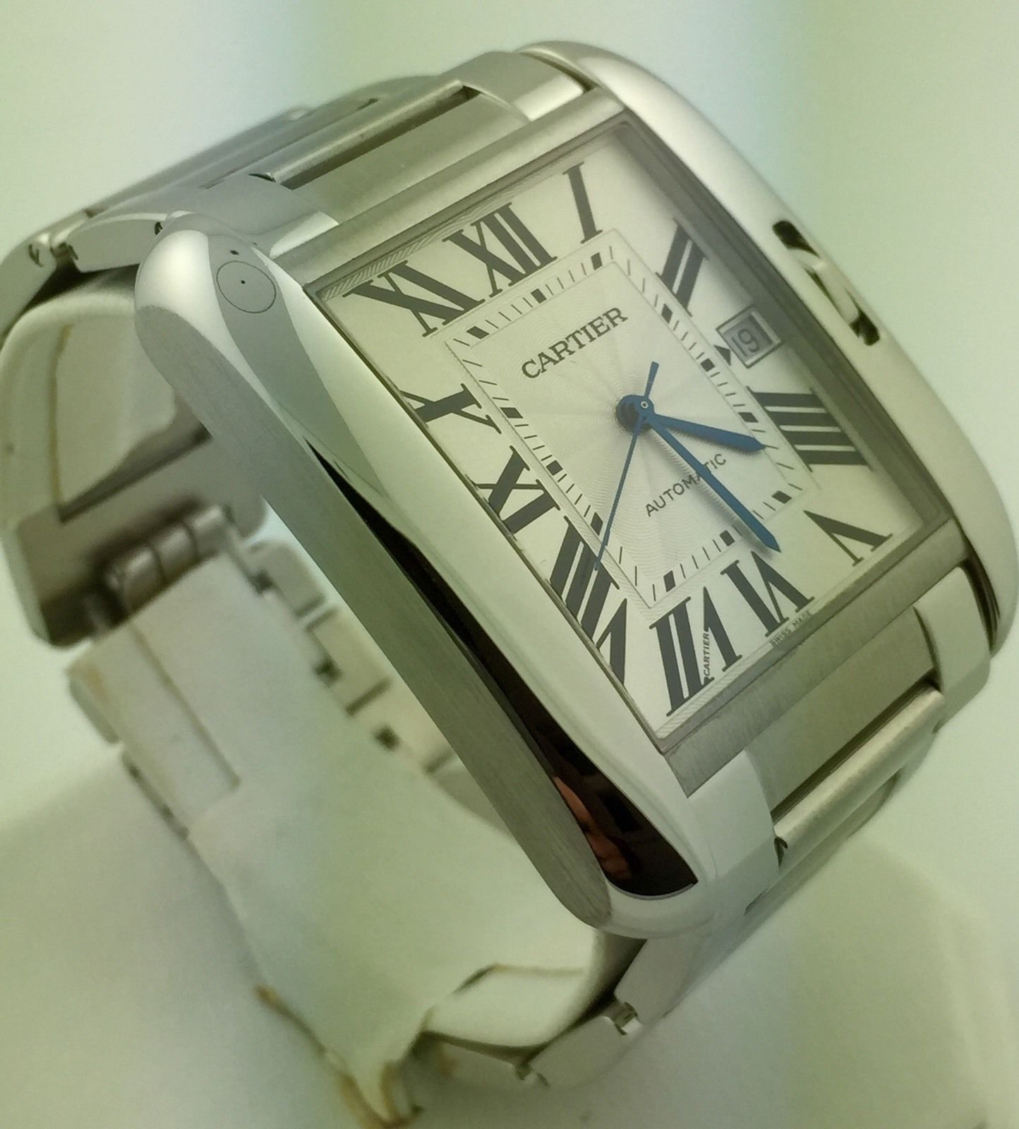 s l1600 5 4 - Cartier Tank Anglaise XL