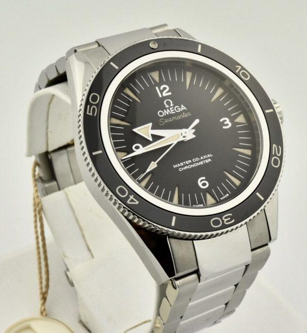 IMG 6895 2 600x650 - Omega Seamaster 300