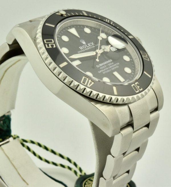 IMG 8859 600x655 - Rolex Submariner Date