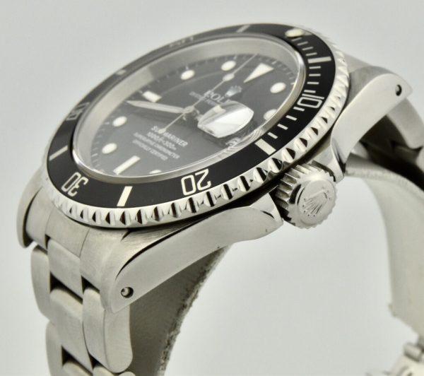 Rolex-submariner-16610