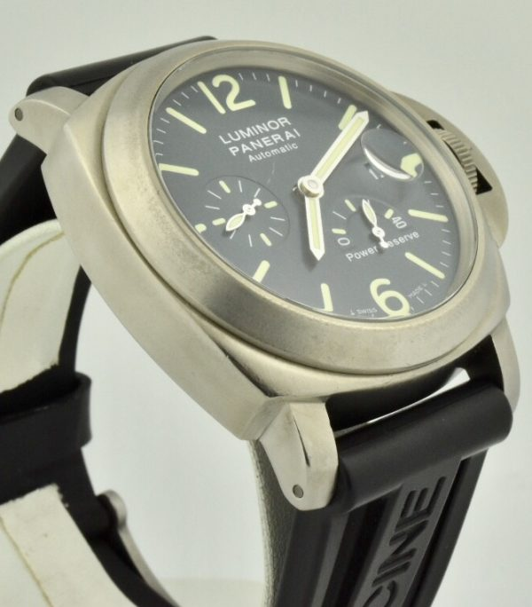 PANERAI luminor power reserve side