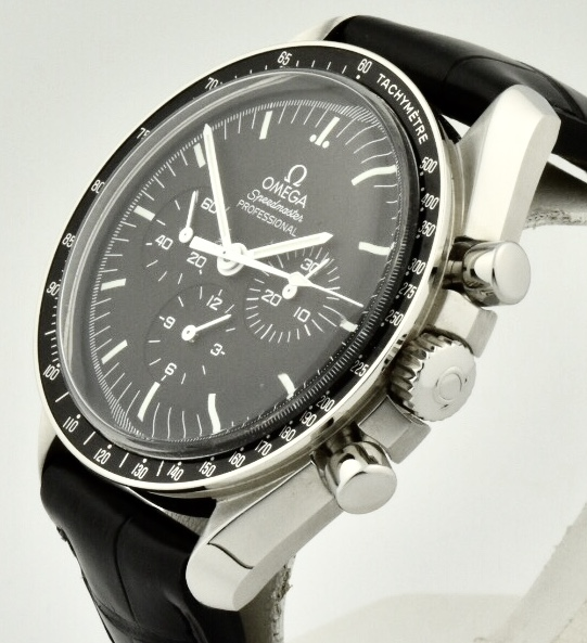 omega speedmaster moonwatch side