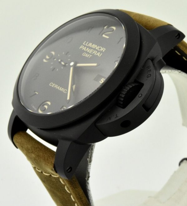 Panerai Luminor Ceramic side