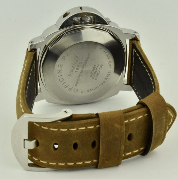 panerai luminor submersible case back
