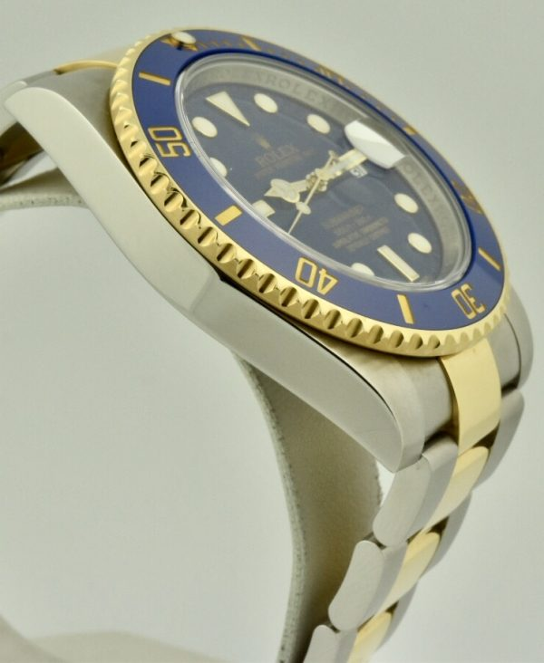 rolex submariner 116613 side
