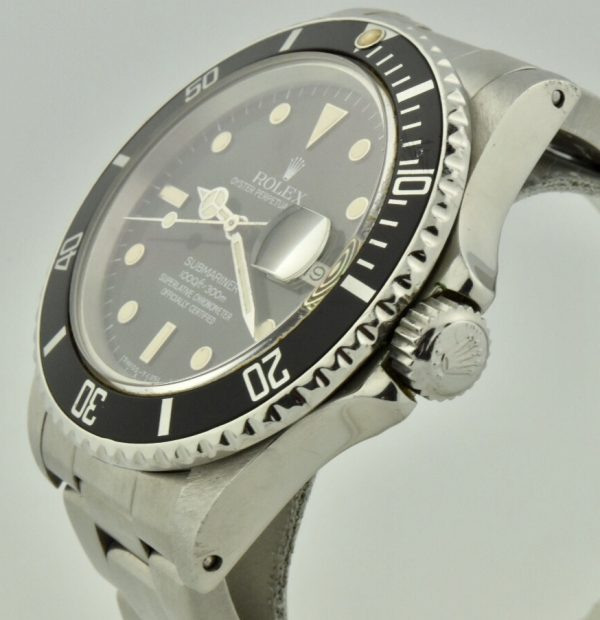rolex submariner 16800 crown