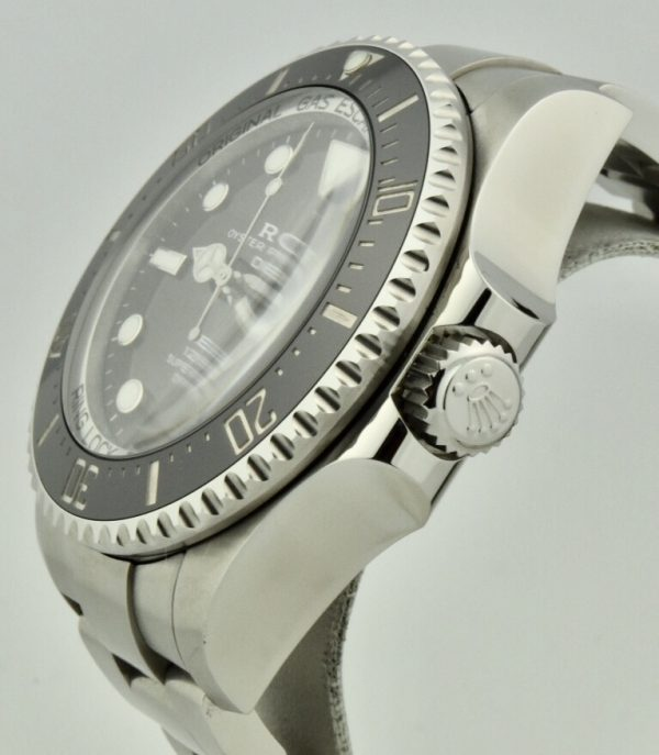 rolex deepsea 126660 crown