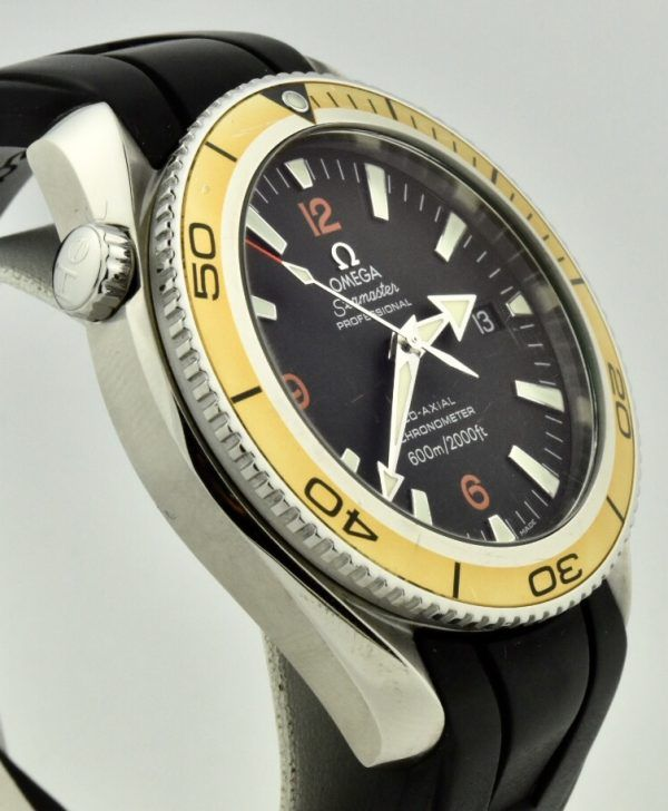 omega seamaster orange bezel