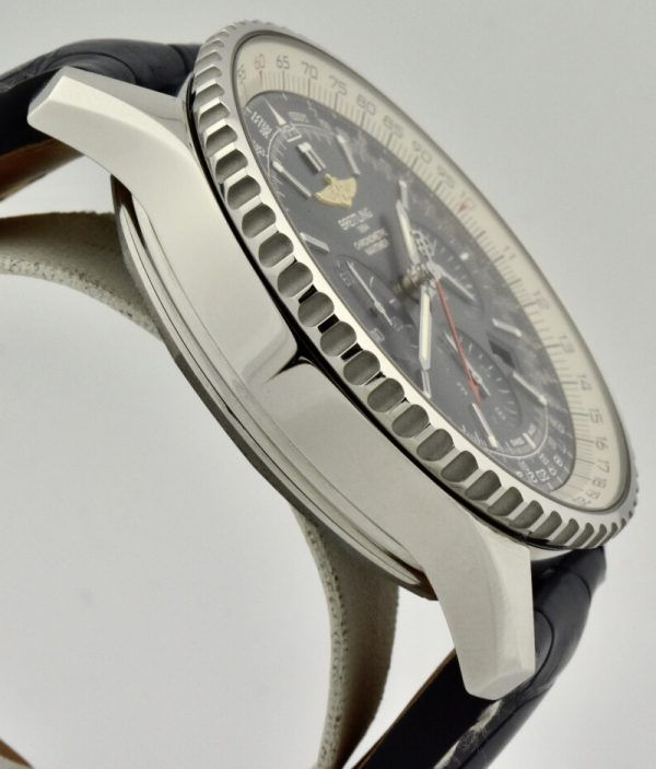 Breitling ab0127 Blue dial side