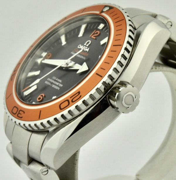 omega seamaster planet ocean crown