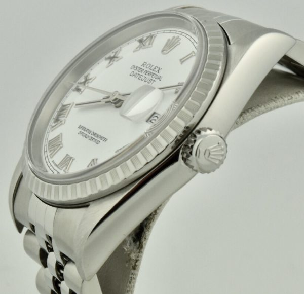 rolex datejust 16220 crown