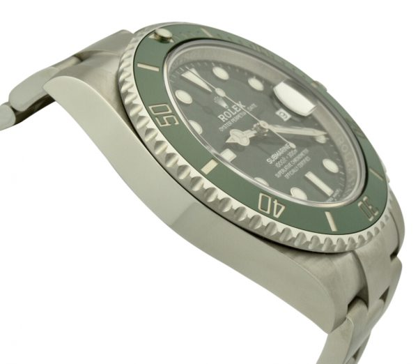 rolex submariner hulk green bezel