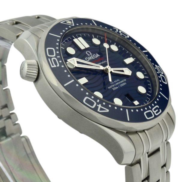 OMEGA seamaster diver 300m blue dial
