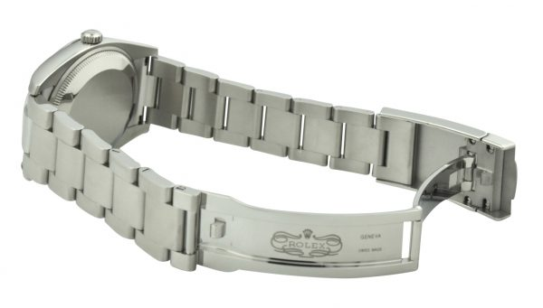Rolex Oyster Perpetual 34mm 114200 clasp