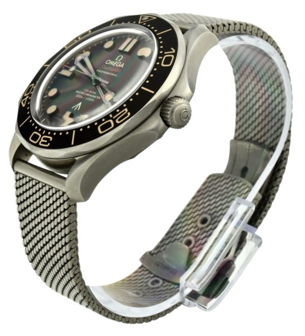 OMEGA Seamaster Bond watch no time to die
