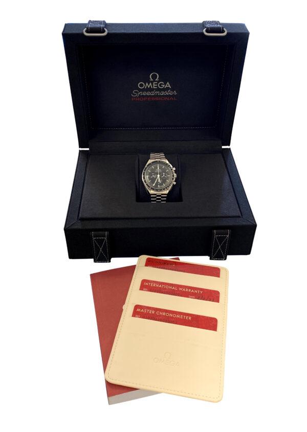 2021 OMEGA Speedmaster moonwatch 310.30.42.50.01.001 for sale