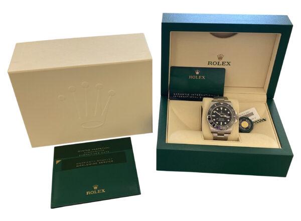 Rolex 126610LN Box 600x440 - Rolex Submariner Date