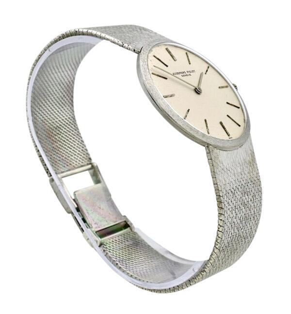Vintage Audemars Piguet ultra thin 18k Gold manual wind watch