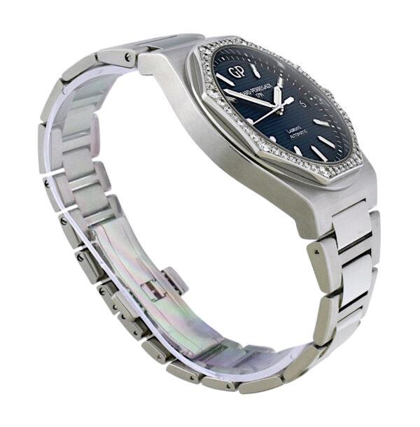 Girard Perregaux Laureato 81010 Blue dia diamond bezel 42mm